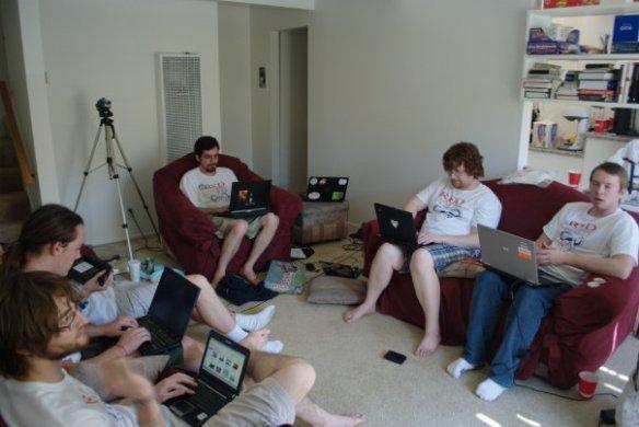 conleycon_1_shirts_laptops